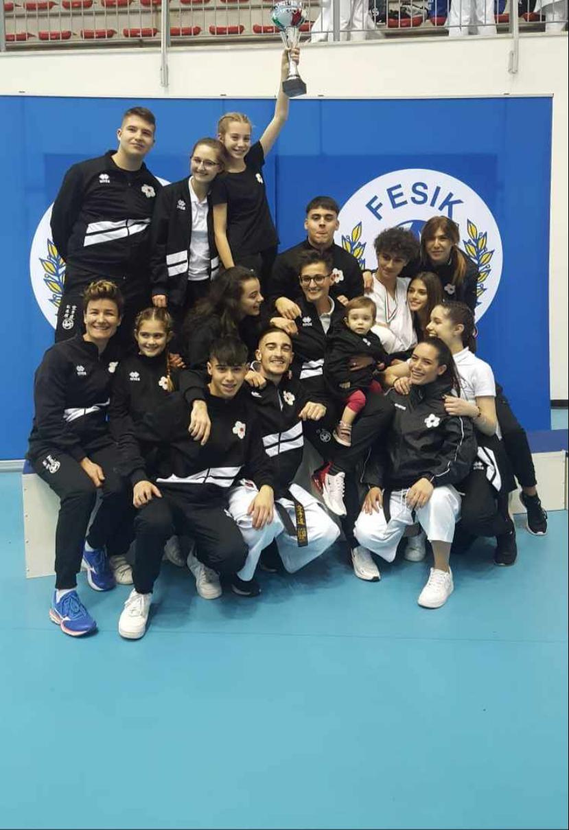 Karate: Sakura Latina vince il Campionato Regionale Fesik